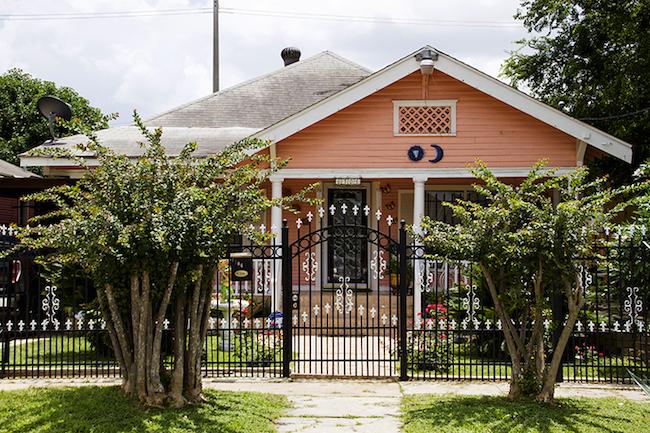 Cottage in Magnolia Park Neighborhood
